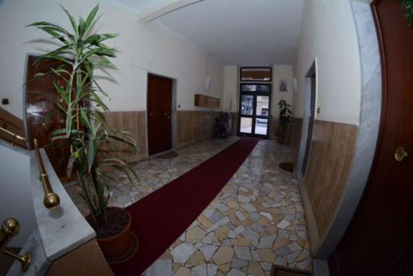 Appartamento in vendita a Genova, Con giardino, 80 mq