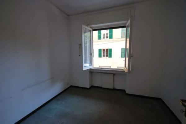 Appartamento in vendita a Genova, 85 mq