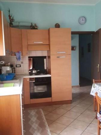 Appartamento in vendita a Modena, Con giardino, 88 mq