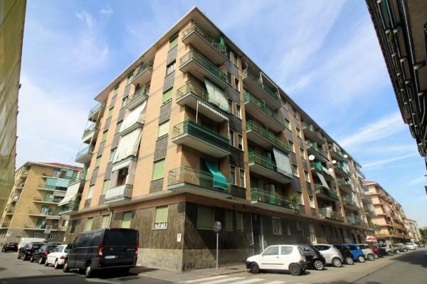 Appartamento in vendita a Nichelino, Centro, 65 mq