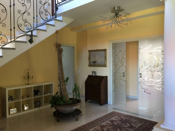 Villa in vendita a Besozzo, Con giardino, 350 mq - Foto 1