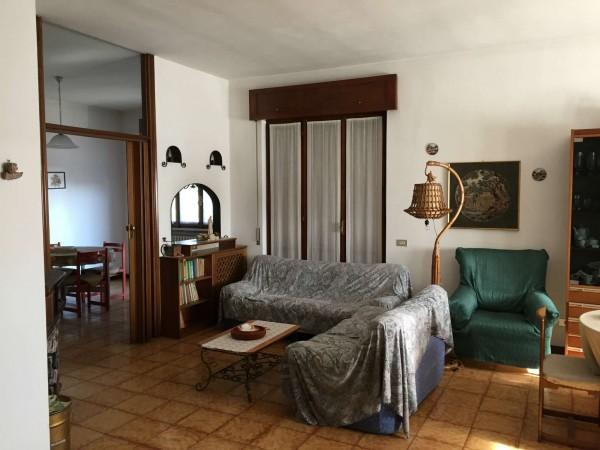 Villa in vendita a Gavirate, Con giardino, 240 mq - Foto 1
