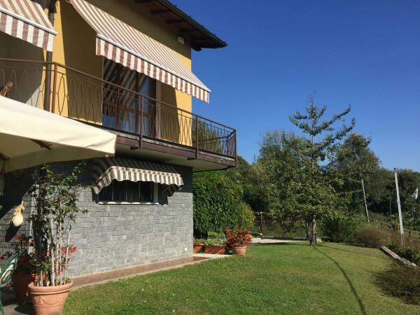 Villa in vendita a Varese, Mustonate, Con giardino, 400 mq