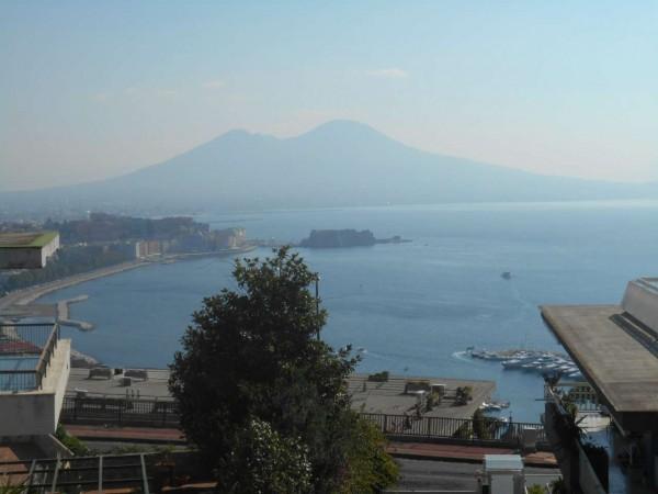 Appartamento in affitto a Napoli, 230 mq
