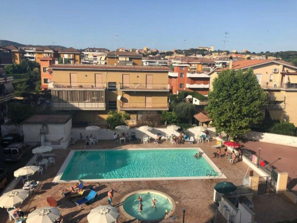 Appartamento in vendita a Cerveteri, Centrale, Con giardino, 130 mq