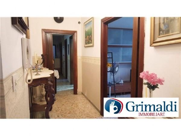 Appartamento in vendita a Napoli, Soccavo, 85 mq