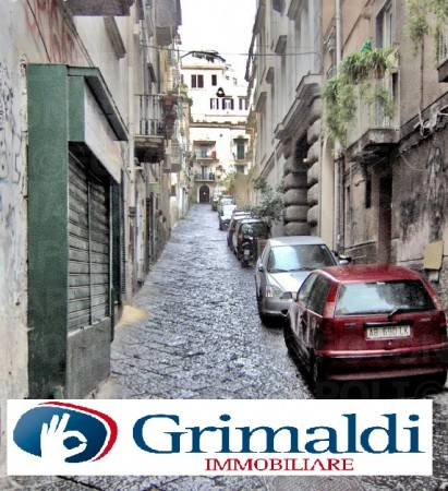 Appartamento in vendita a Napoli, Chiaia, 300 mq