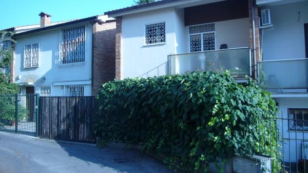 Villetta a schiera in vendita a Roma, Eur Vgna Murata, 90 mq