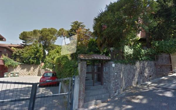 Villa in vendita a Roma, Eur Villaggio Azzurro, 140 mq