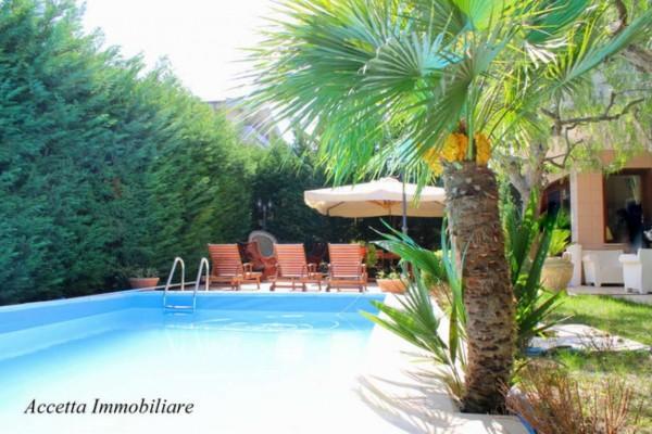 Appartamento in vendita a Taranto, Residenziale, Con giardino, 126 mq - Foto 1