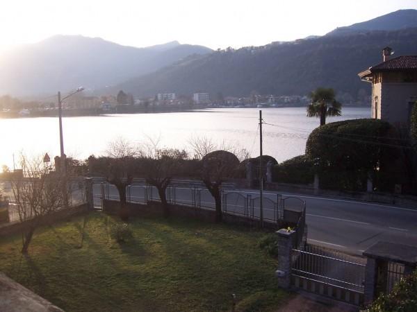 Villa in vendita a Porto Ceresio, Centro Paese Fronte Lago, 300 mq - Foto 1