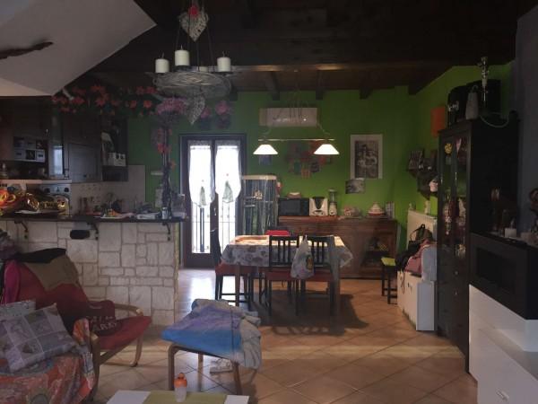 Villetta a schiera in vendita a Brembio, Con giardino, 130 mq
