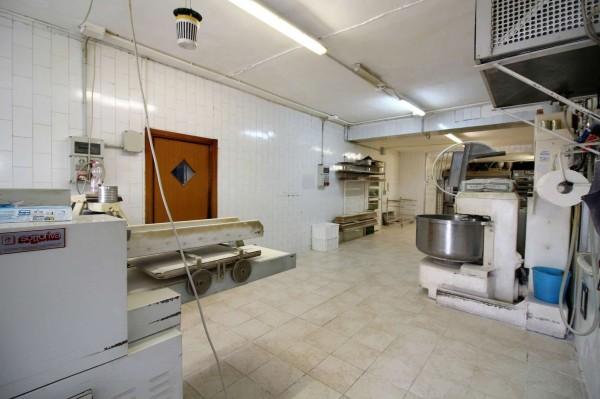 Locale Commerciale  in vendita a Alpignano, Centro, 350 mq - Foto 16