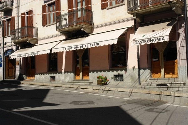 Negozio in vendita a Bardonecchia, Centro, 100 mq - Foto 1