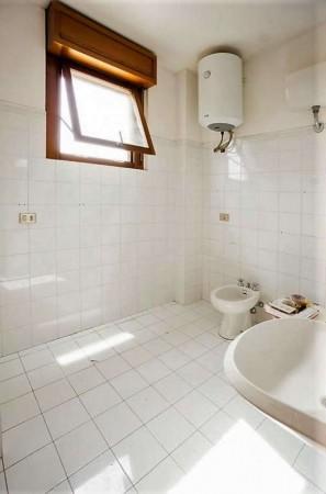 Appartamento in vendita a Roma, Torrino, Con giardino, 161 mq - Foto 2