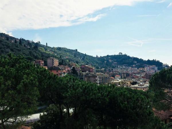 Appartamento in vendita a Rapallo, Semicentrale, Arredato, con giardino, 80 mq