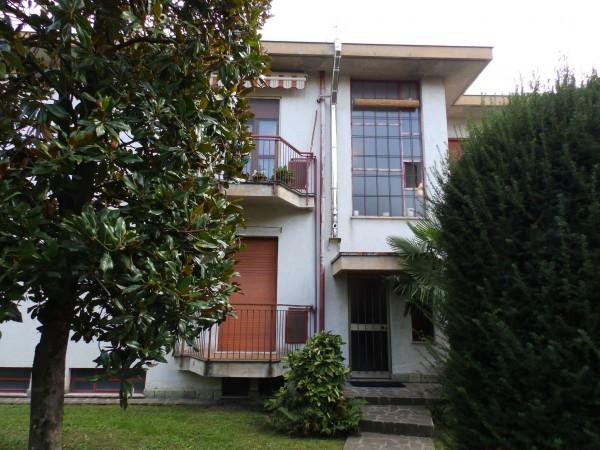 Appartamento in vendita a Meda, Collinare, Con giardino, 126 mq