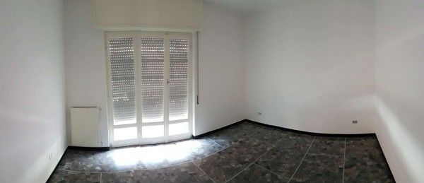 Appartamento in affitto a Chiavari, Caperana, 65 mq