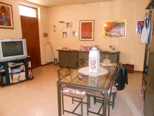 Villa in vendita a Chieve, Residenziale, Con giardino, 184 mq