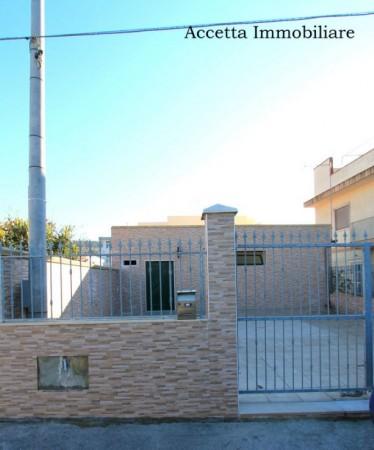 Locale Commerciale  in vendita a Taranto, Residenziale, Con giardino, 60 mq - Foto 2