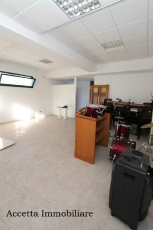 Locale Commerciale  in vendita a Taranto, Residenziale, Con giardino, 60 mq - Foto 6