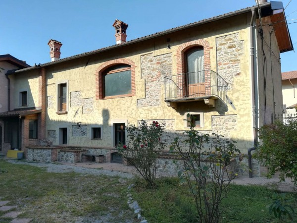 Casa indipendente in vendita a Torre Mondovì, Centro, Con giardino, 300 mq