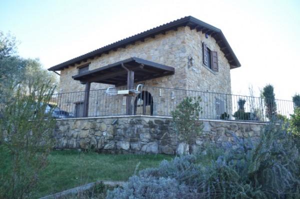 Casa indipendente in vendita a Fivizzano, Agnino, 280 mq - Foto 1