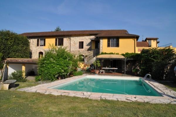 Casa indipendente in vendita a Licciana Nardi, Amola, 400 mq - Foto 1