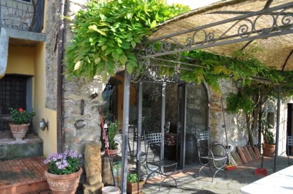 Casa indipendente in vendita a Licciana Nardi, Amola, 400 mq - Foto 5