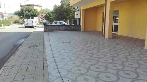 Negozio in vendita a Torrenova, Semi Centrale, 80 mq - Foto 1