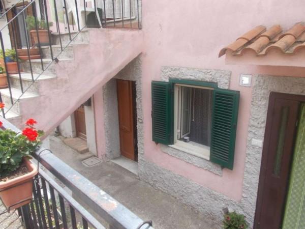 Appartamento in vendita a Allumiere, 60 mq