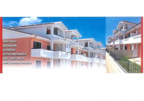 Appartamento in vendita a Roma, Con giardino, 50 mq