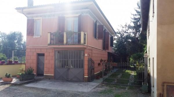 Rustico/Casale in vendita a Mombercelli, Piana, 225 mq