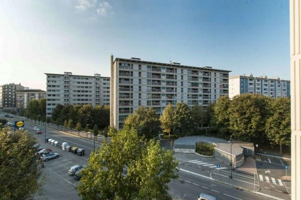 Appartamento in vendita a Torino, Barriera Milano, 140 mq