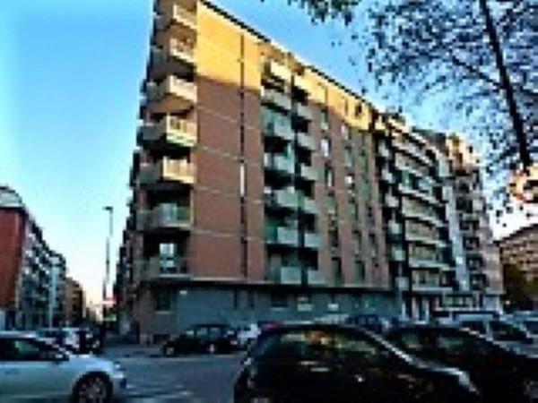 Appartamento in vendita a Torino, 57 mq