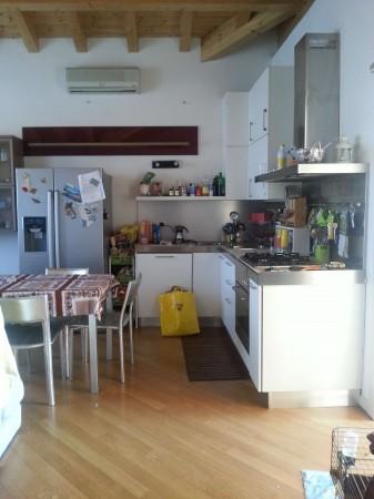 Appartamento in vendita a Melegnano, Arredato, 60 mq