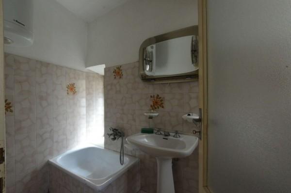 Casa indipendente in vendita a Avigliana, Con giardino, 190 mq