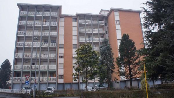 Appartamento in vendita a Ivrea, San Lorenzo, Con giardino, 95 mq - Foto 1