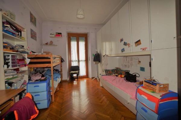 Appartamento in vendita a Torino, 80 mq