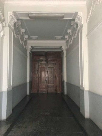 Appartamento in vendita a Torino, San Donato, 65 mq