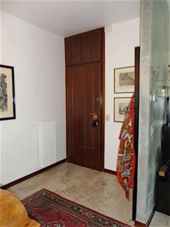 Appartamento in vendita a Padova, Arredato, con giardino, 145 mq