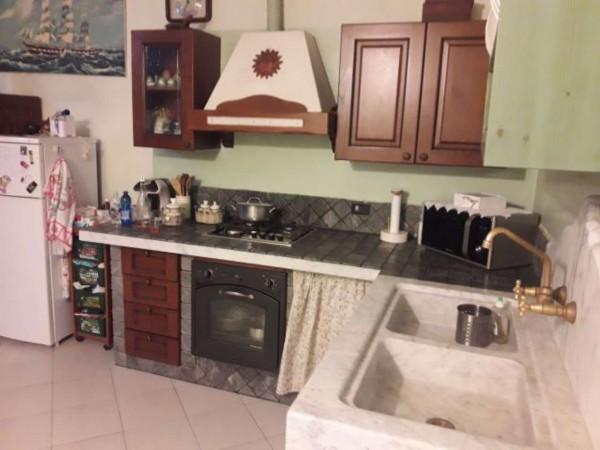 Appartamento in vendita a Sarzana, Sarzanello, 70 mq