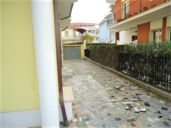 Appartamento in vendita a Alba Adriatica, Pineta, Con giardino, 100 mq - Foto 31