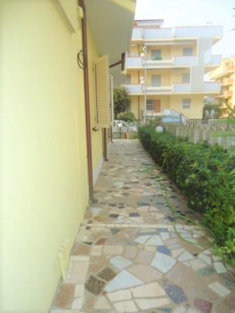 Appartamento in vendita a Alba Adriatica, Pineta, Con giardino, 100 mq - Foto 37
