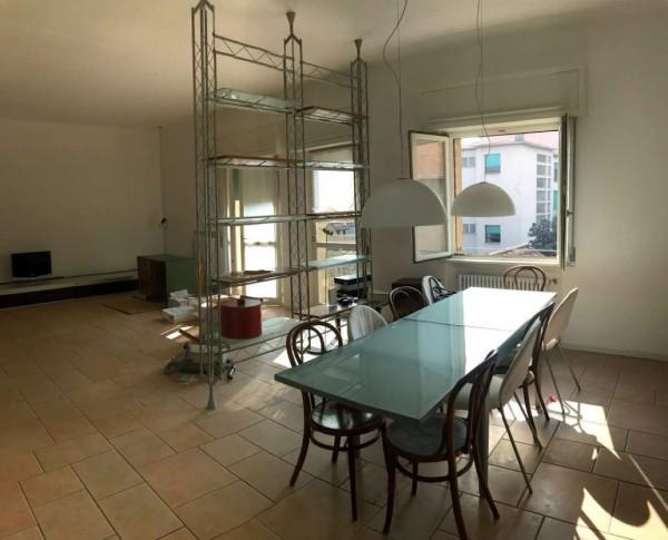 Appartamento in vendita a Bergamo, Centro, Con giardino, 160 mq