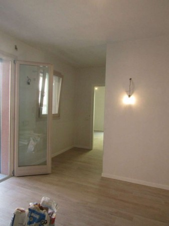Appartamento in vendita a Milano, Viale Umbria, Con giardino, 50 mq