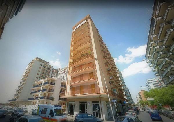 Appartamento in vendita a Taranto, Semicentrale, 75 mq