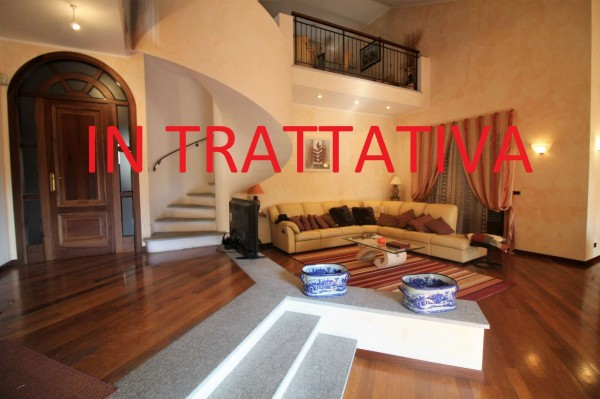 Villa in vendita a Alpignano, Centro, Con giardino, 364 mq