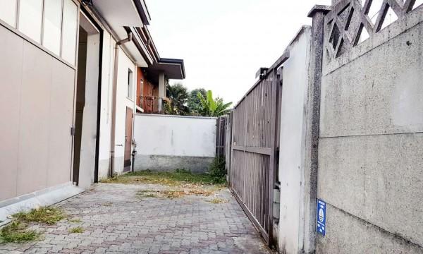Negozio in affitto a Paderno Dugnano, Cassina Amata, 300 mq - Foto 2