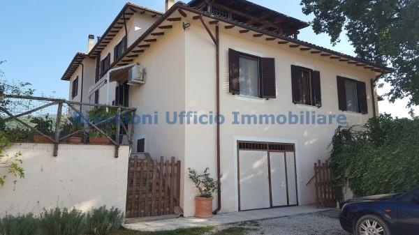 Casa indipendente in vendita a Campello sul Clitunno, Centrale, Con giardino, 150 mq - Foto 13